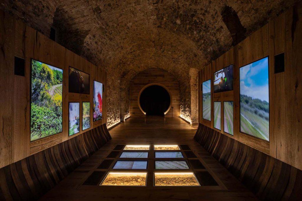 """In Montalcino Eröffnung des interaktiven Museums """"Il Tempio del Brunello"""" (Der Brunello-Tempel), dem Wein und der Lokalgeschichte gewidmet"""